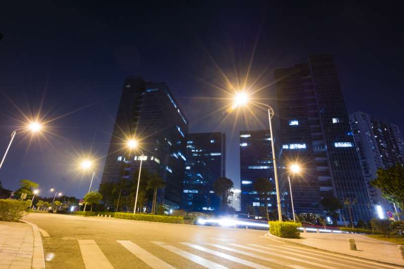 Cities that LED the Way: Improving Communities Through Better Streetlighting